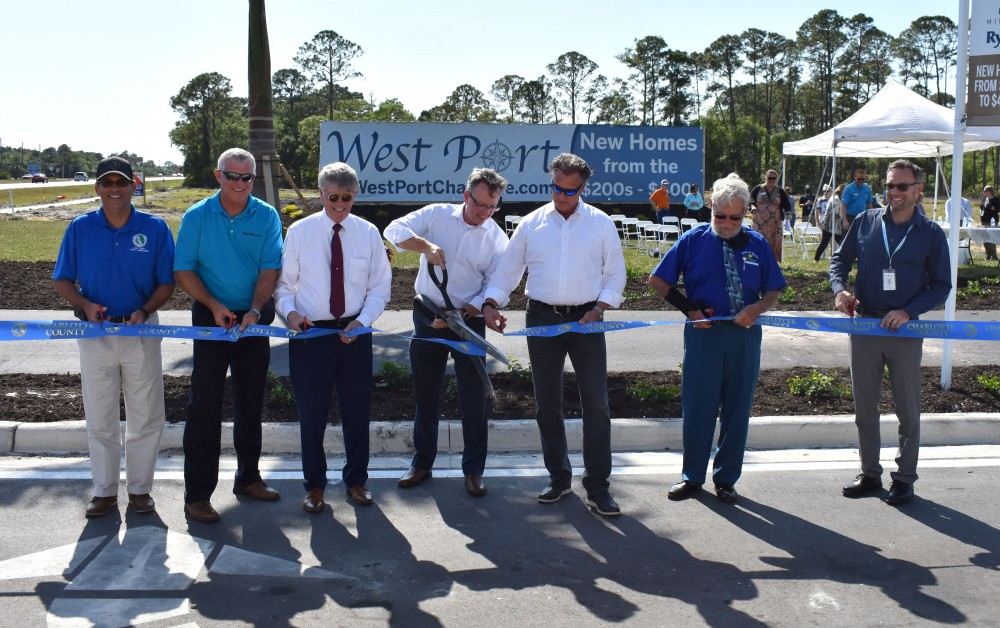 Centennial Boulevard opens, connecting US 41 to SR 776 image